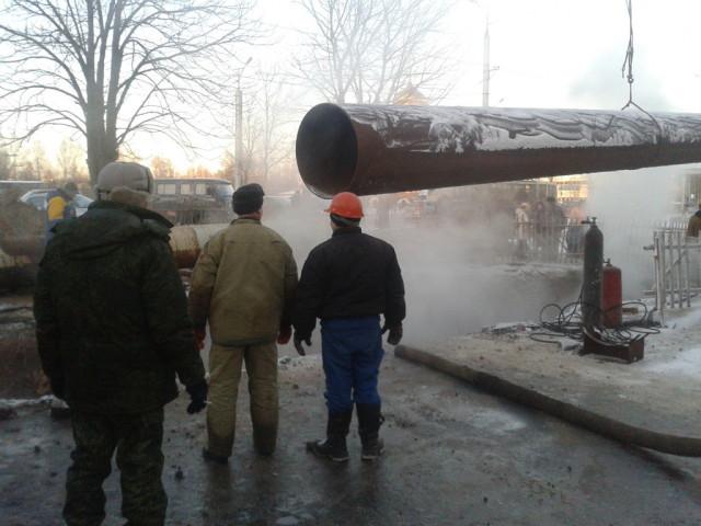 Ростовские cотрудники экстренных служб икоммунальщики работают врежиме повышенной готовности