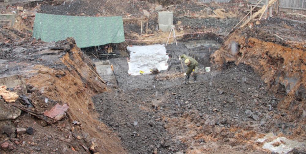 В вязьме смоленской области археологи нашли кремневую пласти.