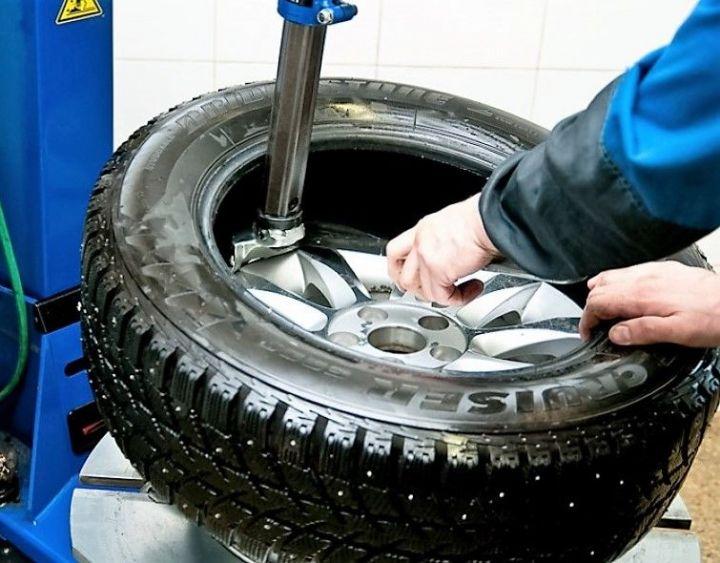 ГИБДД Тольятти советует водителям быть осторожными из-за снега