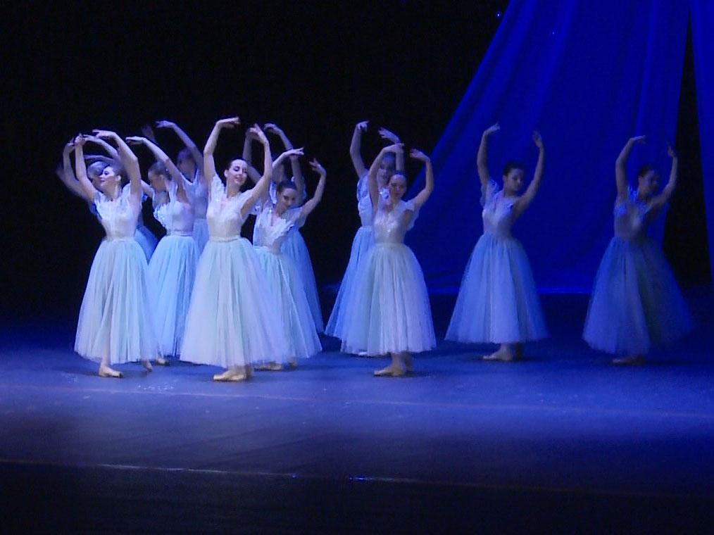 Юные балерины видео порно