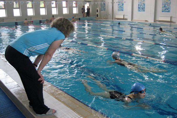 Сколько стоит посещение бассейна в Смоленске