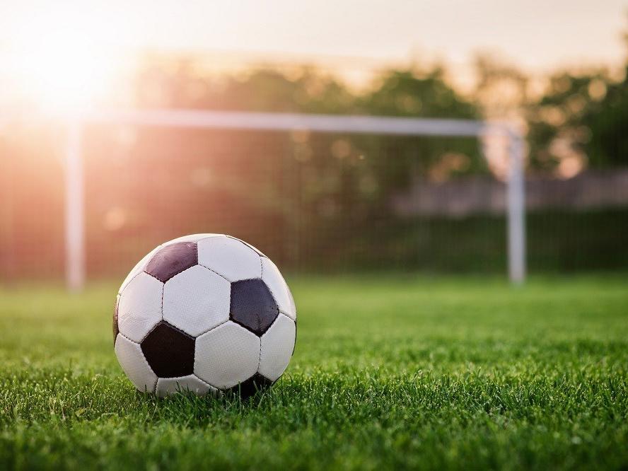 Смоленские футболисты победили белгородцев на домашнем поле